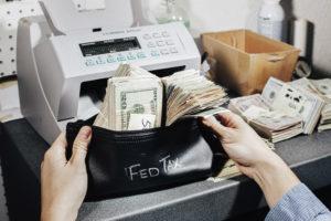 Как и когда подается отчет о движении денежных средств?