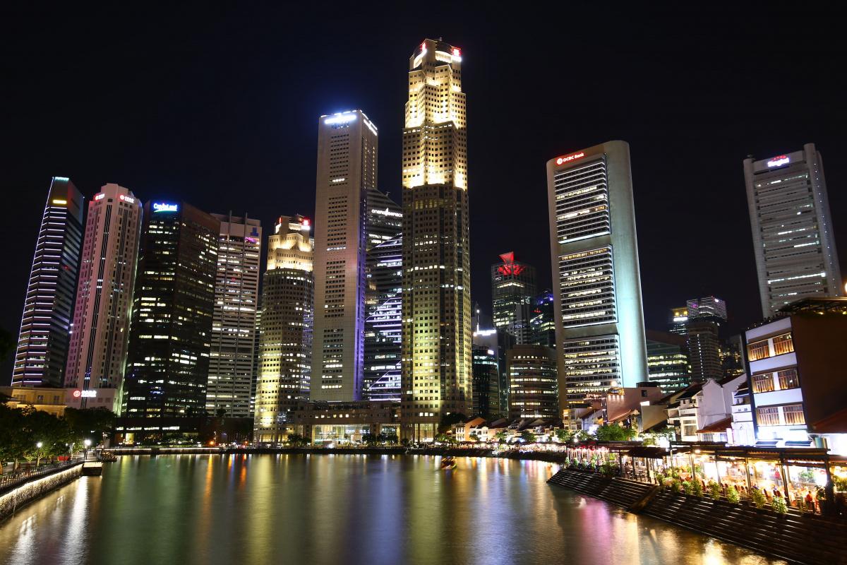 Минфин принял решение изменить налоговые соглашения с Гонконгом и Сингапуром